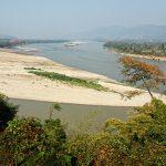 Водосливът на Меконг и река Руак