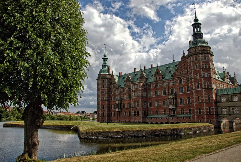 "Замъкът ""Фредериксборг"""