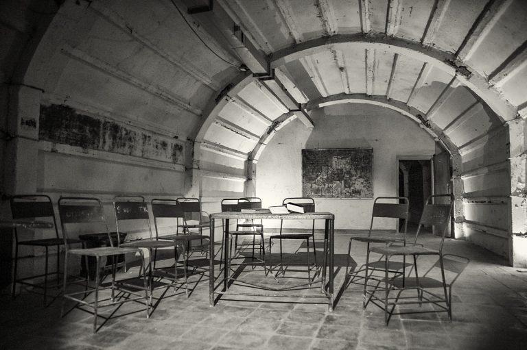 Противоатомното скривалище под Джирокастра